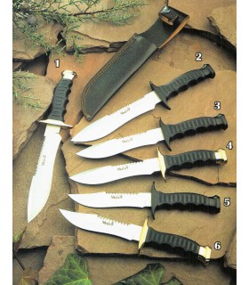 Tactical knife with rubber handle
